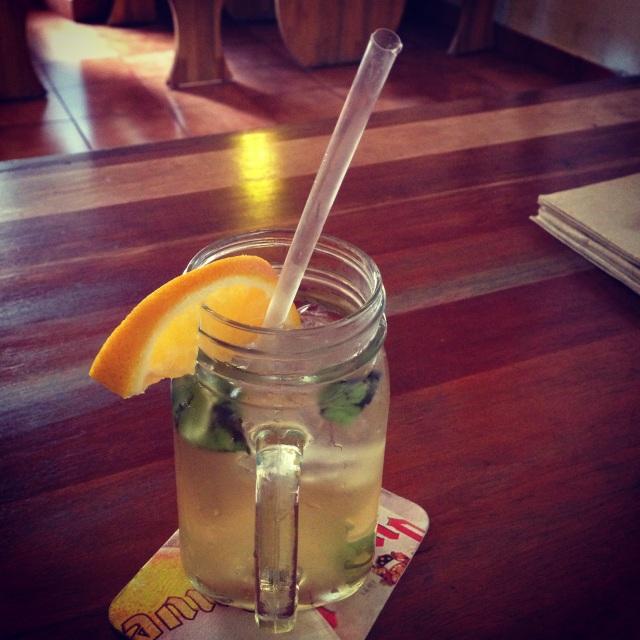 Iced orange-mint tea