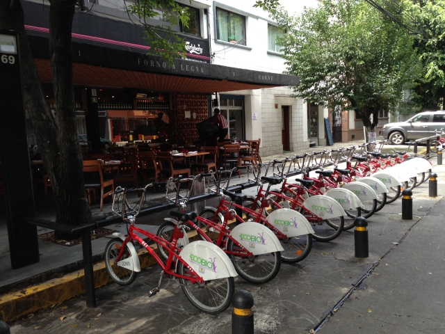 Bike-sharing in Condesa.