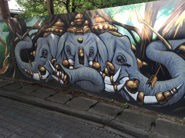 street art - elephant mural