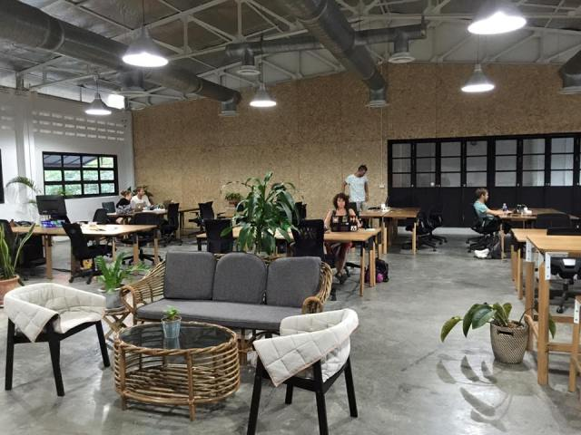 Punspace coworking space near Thae Pae Gate.